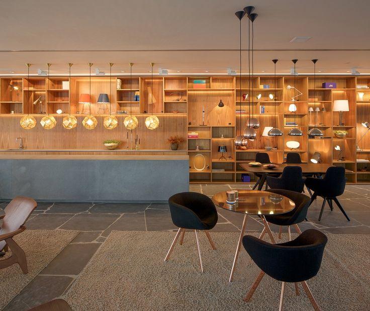Lumini Rio / Studio MK27 Reinaldo coser Wood concrete origgami lighting blck seats