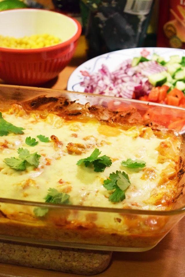 Tacogratäng med grillad kyckling och ananas