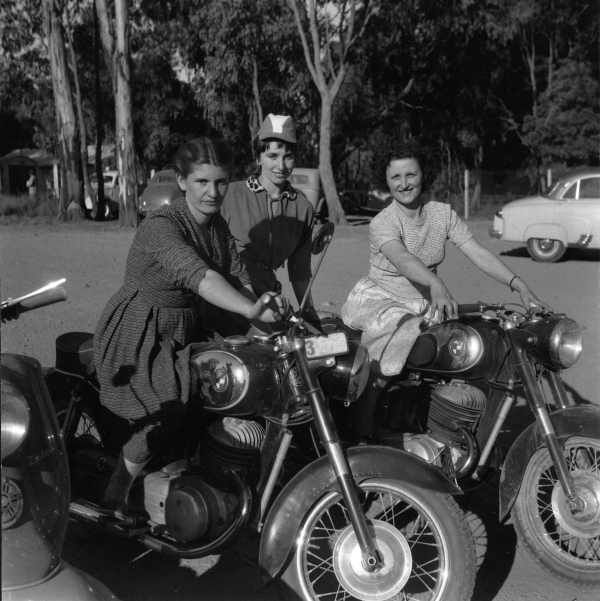 Healesville 1956. Photography by Tony Banda (Tonin Lush). via State Library of Victoria