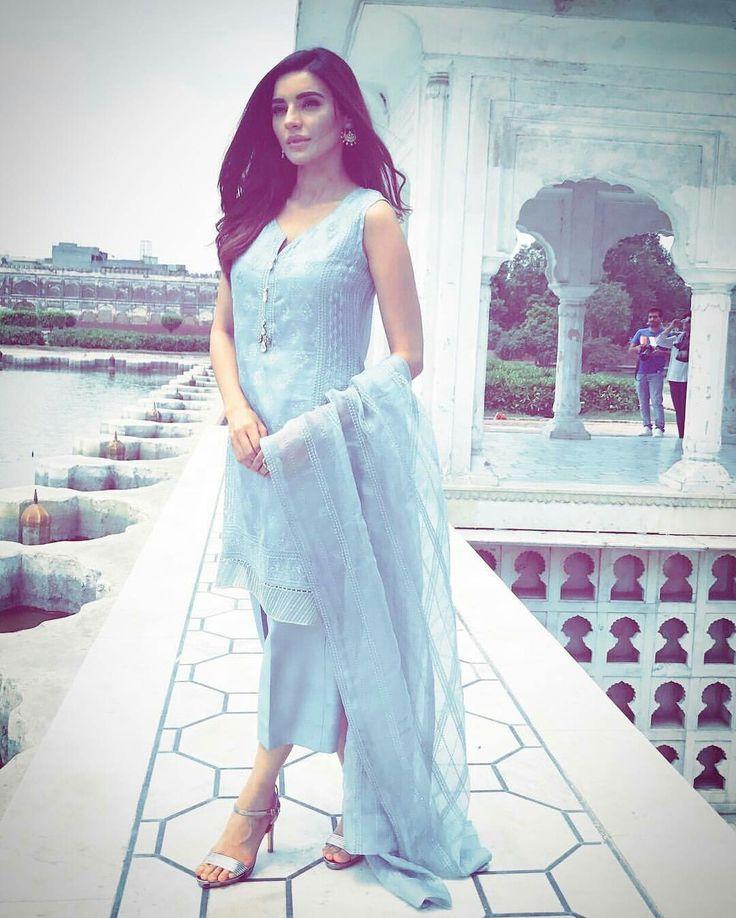 Beautiful Sadia Khan in Sky Blue Outfit by #Bareeze⚡ #Gorgeous #ElegantStyle #Bareeze #EidCampaign17 #SadiaKhan #Formals #ReadyToWear #SummerCasual #SummerOutfits #PakistaniFashion #PakistaniModels #PakistaniCelebrities ✨