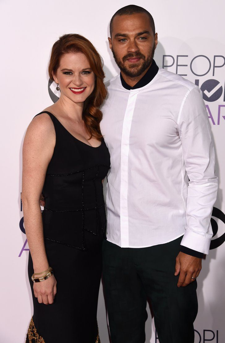 Pin for Later: See All the Stars on the People's Choice Awards Red Carpet! Sarah Drew and Jesse Williams