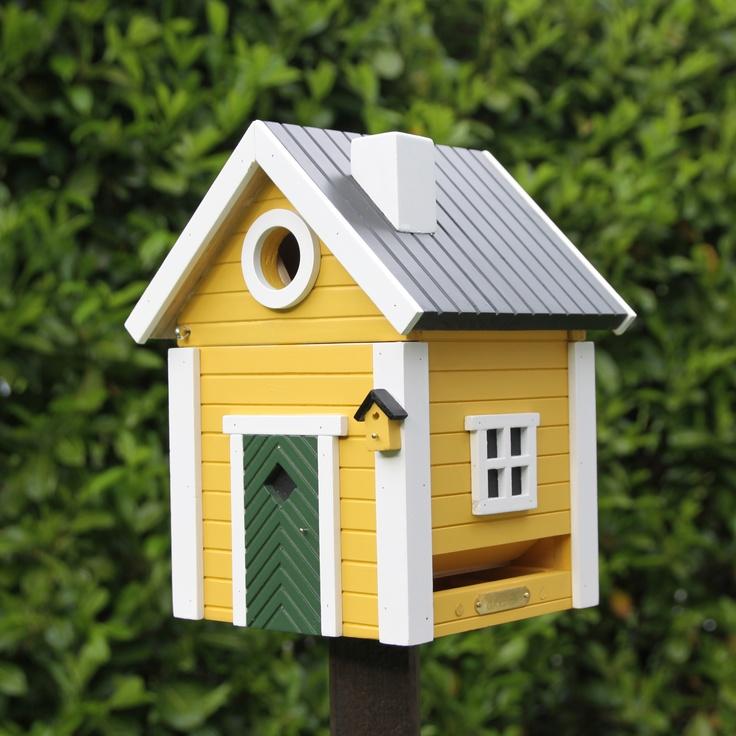 Scandinavian bird house :)