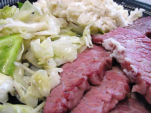 Find This Pin And More On It S Cold Outside Crock Pot Corned Beef