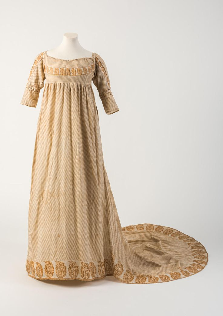 Orange/yellow printed cotton gown, with pine cone or patka motif, 1800   Fashion Museum, Bath, UK