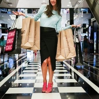 "Thanks to online data mining, 80% of luxury brands know their in-store customer base by name, according to a report by Contactlab and Exane BNP Paribas.  Contactlab found that digitally contactable consumers, for instance, are high spenders in-stores, accounting for 27% of bricks-and-mortar revenues and 73% of ecommerce sales. The ""Digital Frontier 2016: Digital Luxury is Turning Mainstream"" report gives an overview of the influence online consumers have on total revenues, thus underscoring…"