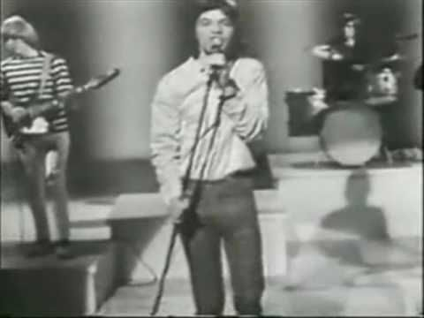 """▶ROLLING STONES """"(I CAN'T GET NO) SATISFACTION,"""" (1965) (#3) SINGLE FROM THE ALBUM """"OUT OF OUR HEADS."""" WHICH WAS THE GROUP'S FIRST #1 HIT, REACHING THE TOP OF THE POPS ON 6/12/65."""