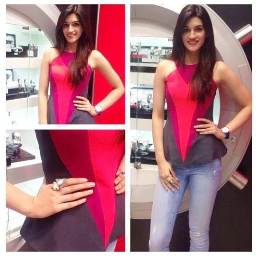 Kriti Sanon keeping it casual with a Veda Raheja top! #KritiSanon #VedaRaheja  #DesignerOutfitsOnline #Stage3 #GetTheLook