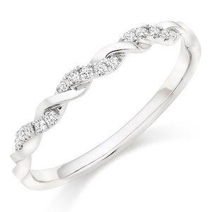 Platinum Diamond Twist Wedding Ring