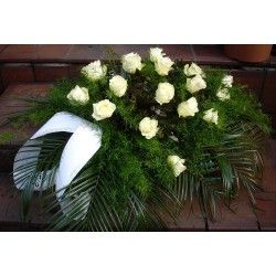 Palma z białej róży