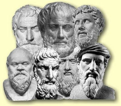 Dentro de los filósofos Presocráticos habia dos grupos de ellos : Los Prepluralistas y los Premonistas.