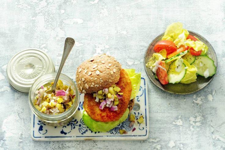 19 Februari - Kabeljauwburgers + komkommer + Bertolli en Carbonell olijfolie in de bonus = Zo wil je elke dag wel burgers eten! - Recept - Allerhande
