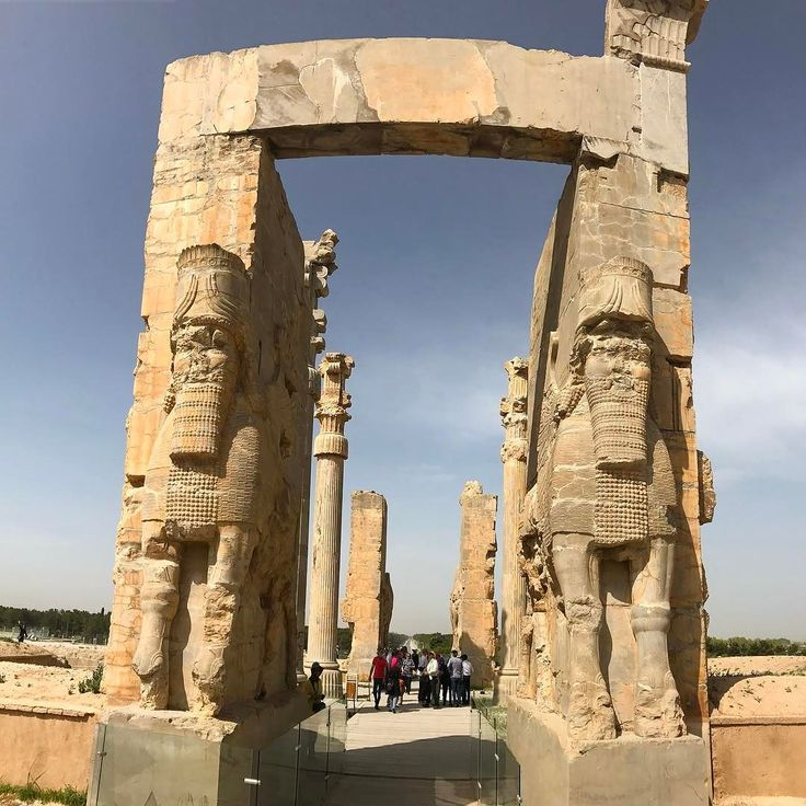 What a wonder Persepolis is from the Persian Empire  #Persepolis #iran #visitiran #shiraz #farsprovince #UNESCO