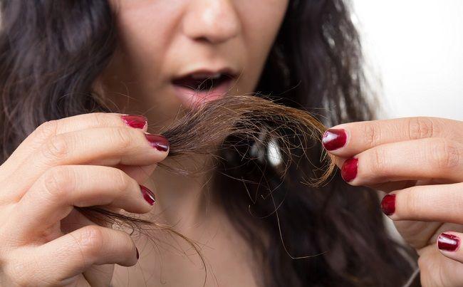 Rozštiepené končeky vlasov - 5 domácich receptov