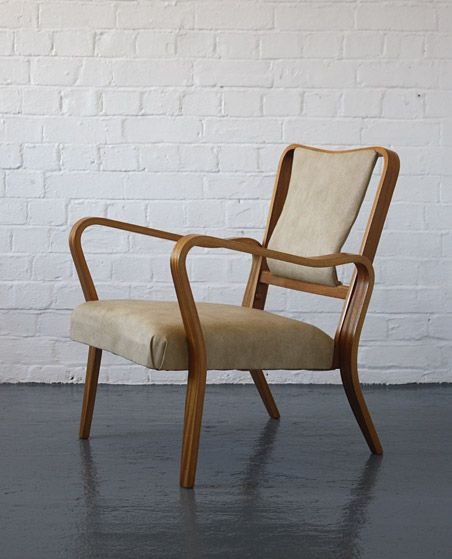 Eric Lyons; Beech Plywood 'Tecta' Lounge Chair for Packet, 1940s.