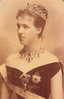 The Princess Marie Amélie of Orléans (1865-1951). She was the daughter of The Prince Philippe, Count of Paris and his wife The Princess Marie Isabelle of Orléans and the Spains. She was Queen of Portugal & The Algarves (1889-1908) as the wife of King Carlos I. Her children surviving to adulthood were Luís Filipe, Prince Royal and King Manuel II.