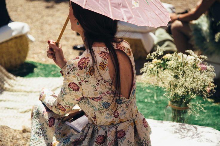 Historia de un Brocado - RAQUEL FERREIRO RAQUEL FERREIRO - Si quieres el vestido de Cenicienta aquí no lo vas a encontrar, sin embargo, si lo que quieres es ser la protagonista de tu propio cuento, la historia de amor que comenzó el día que os conocisteis, estás en lugar adecuado.