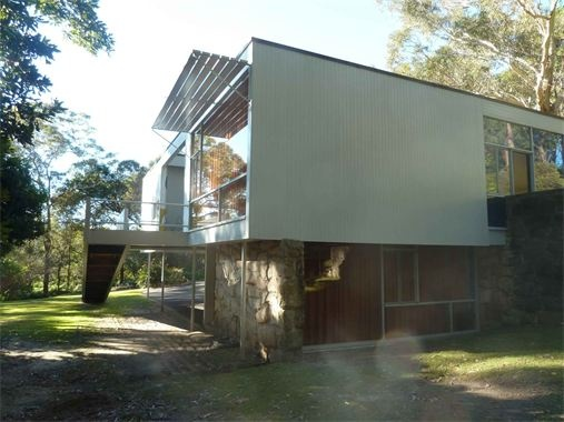 The outstanding feature of Rose Seidler House is that it is one of the purest examples of mid-century modern domestic architecture in Australia. Photo by Secret Design Studio, Melbourne. www.secretdesignstudio.com