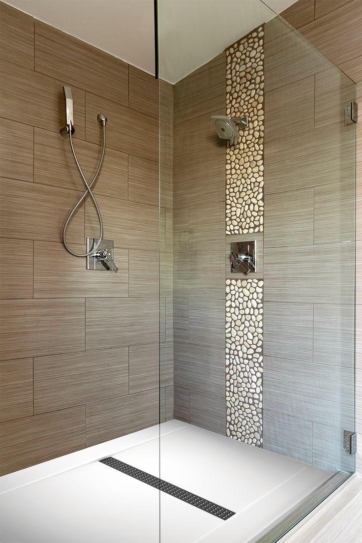 Laissez-vous séduire par le design des salles de bains Küchen Spezialist. #SalleDeBains #Design #Bains