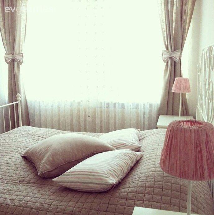 Yatak Odası, Pembe, Bej