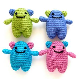 Meet the Mini Mini Monster, because a Mini Monster simply isn't mini enough. This darling monster is super small and quick to make… all you need are a few scraps of yarn couple hours of your time to make an adorable Mini Mini Monster (or five or dozen-- you can't just make one of these guys!)