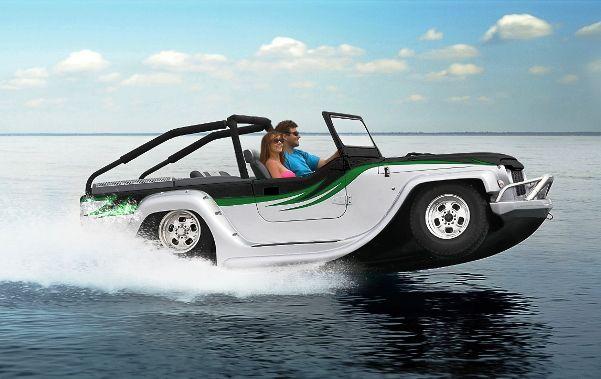 Keren! Mobil Ini Bisa Digunakan di Darat dan di Laut