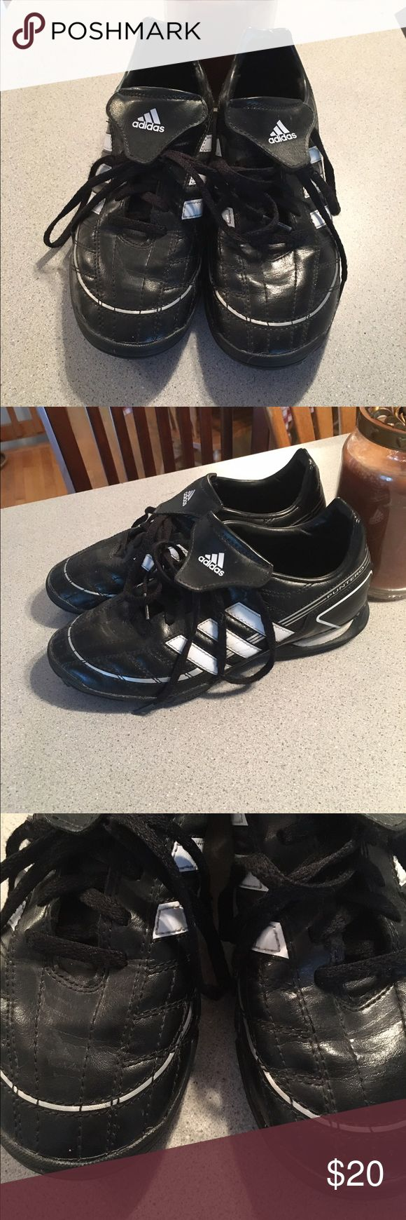 Adidas ⚽️ indoor ⚽️ soccer ⚽️ Shoes Indoor soccer shoes. Have some wear but still in good condition. Adidas Shoes Athletic Shoes