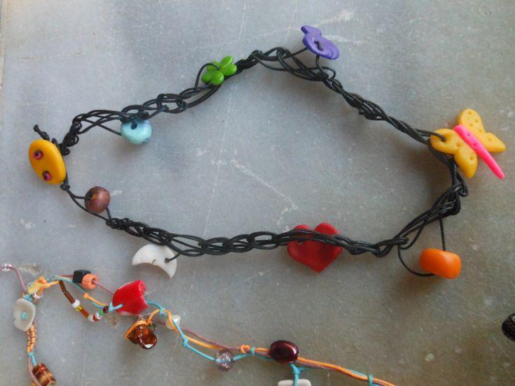 crochet necklace with polymer clay beads κολιέ βελονάκι με χειροπ.χάντρες πολυμερικού πυλού