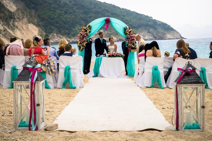 A wonderful ceremony set up #beachwedding #weddingingreece #mythosweddings  #kefalonia