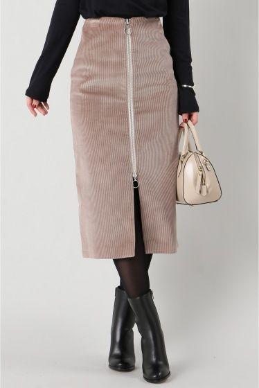 HARMONY PARIS コーデュロイスカート  HARMONY PARIS コーデュロイスカート 34560 2016AW IENA Harmony Paris  パリを拠点にしているブランド シンプルさとカジュアルエレガンスをテーマとした創造的なコレクションを展開しています こちらの商品はIENAでの取り扱いになります 直接店舗へお問い合わせの際はIENA店舗へお願い致します モデルサイズ:身長:168cm バスト:80cm ウェスト:56cm ヒップ:84cm 着用サイズ:36