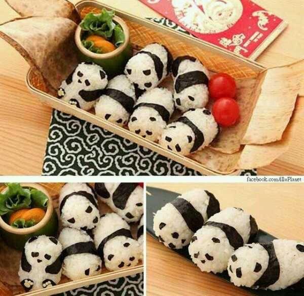 日本人のごはん/お弁当 Japanese meals/Bento. これをカレーにぶっ込んでも楽しいですネ♫(^ω^)→別皿参照(pandas in curry)panda rice ball.