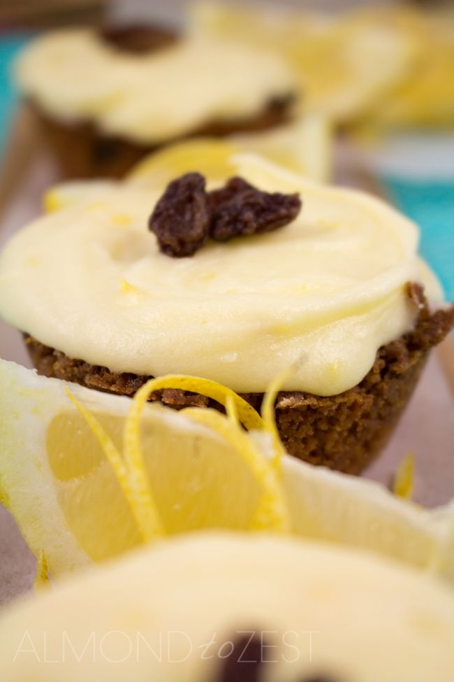 Tangy Lemon Slice - Thick soft fruity flavored base with a tangy lemon frosting! Easy to make with no mixer required!! Must.Make.Now. | almondtozest.com