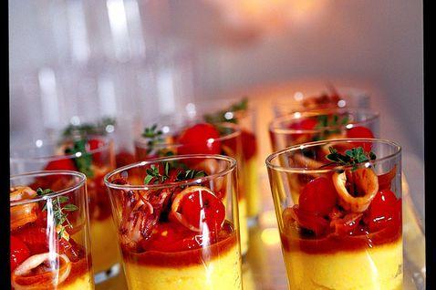 Polenta con calamaretti nel bicchiere