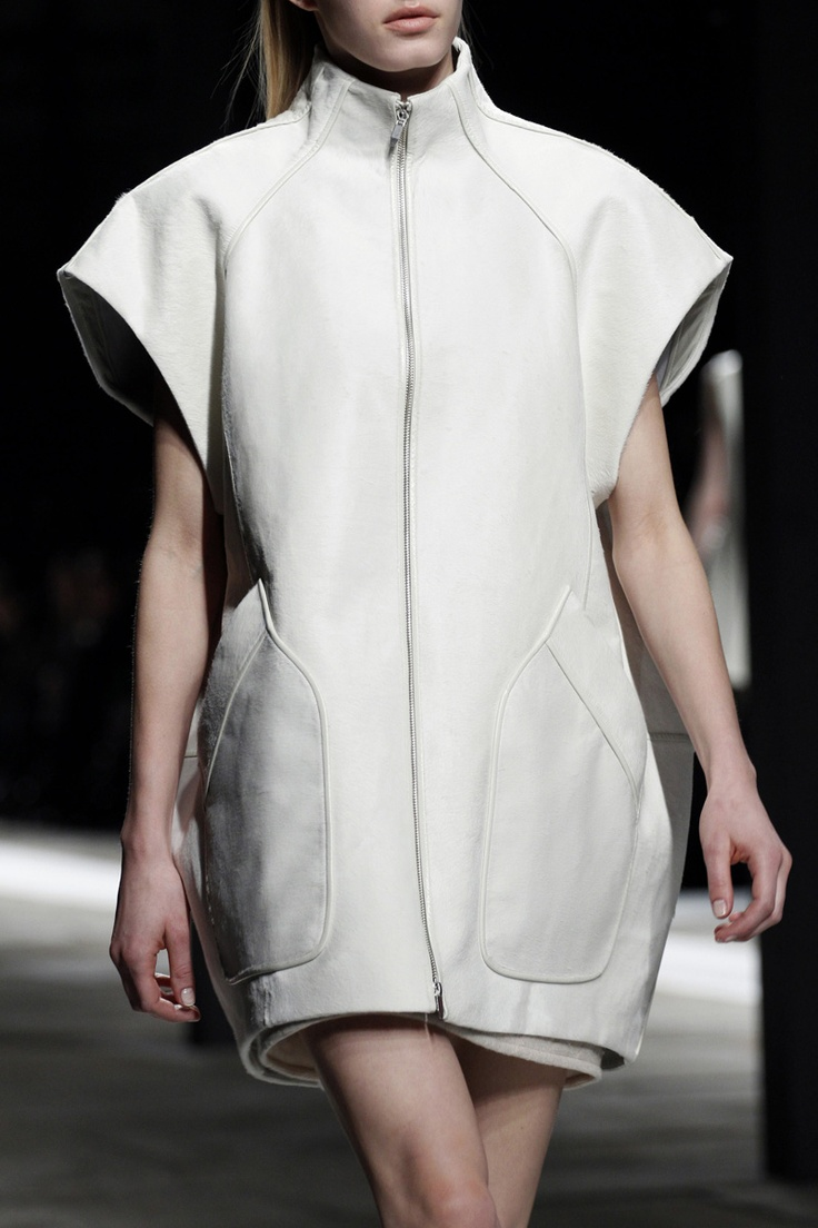 White cocoon jacket; sporty chic fashion details // Theyskens' Theory Fall 2013