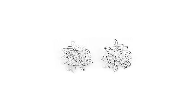 Liliana Guerreiro   Collections - Handmade silver earrings, using filigree technique