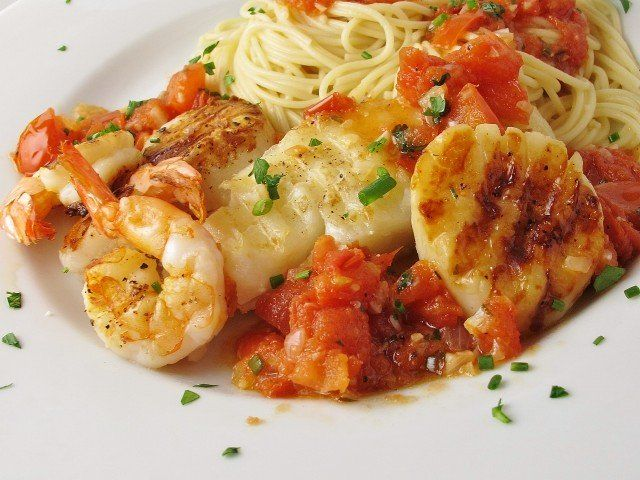 Dr. Phil 20/20 Diet Recipes - Alaskan Cod and Shrimp with Fresh Tomato