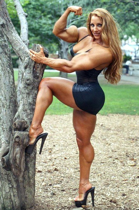 Bodybuilder Women In Lingerie 13
