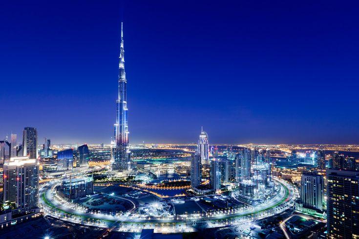 Burj Khalifa, Dubai. I do love Dubai. All that gorgeous sunshine....