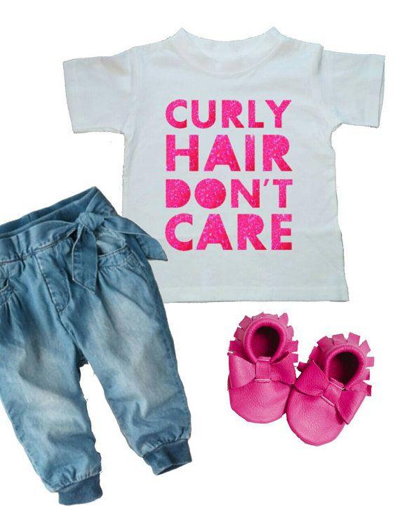 Krullend haar niet schelen Baby Shirt Kids door WanderingLittles