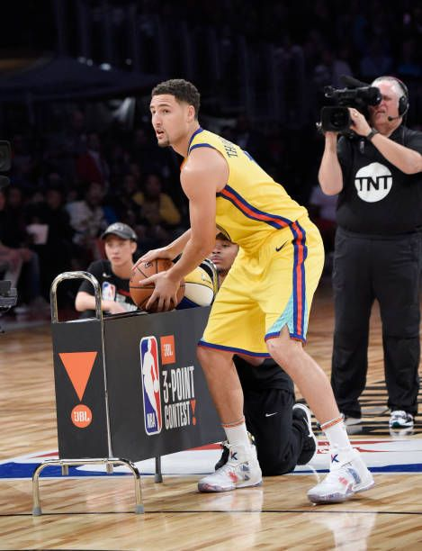 NBA player Klay Thompson of the Golden State Warriors competes during the 2018 State Farm AllStar Saturday Night at Staples Center on February 17...