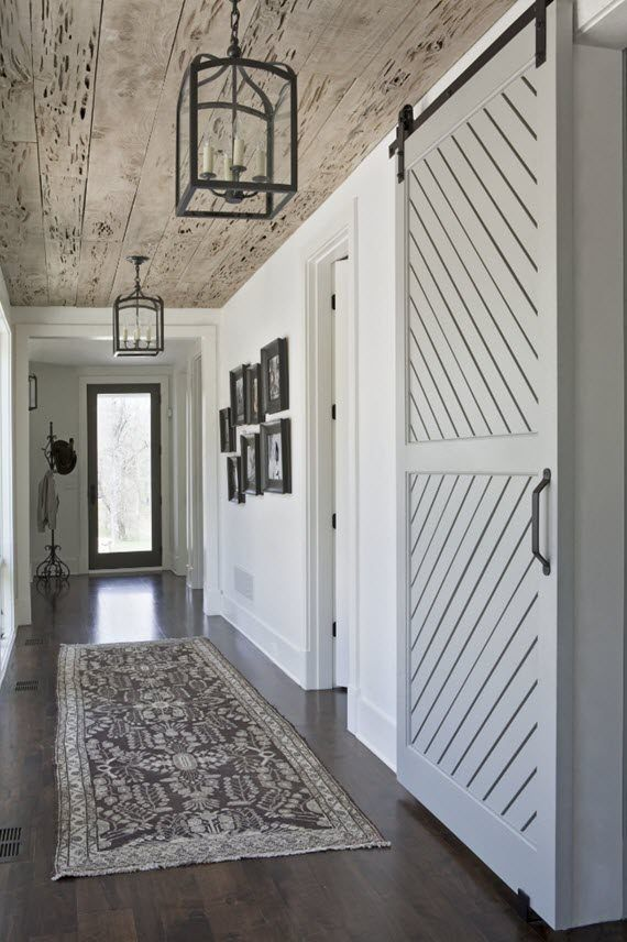 17 best images about foyers on pinterest la dolce vita for Modern barn home interiors