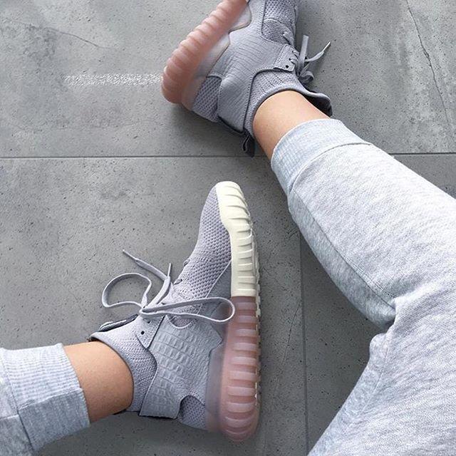 Sneakers femme - Adidas Originals Tubular Primeknit