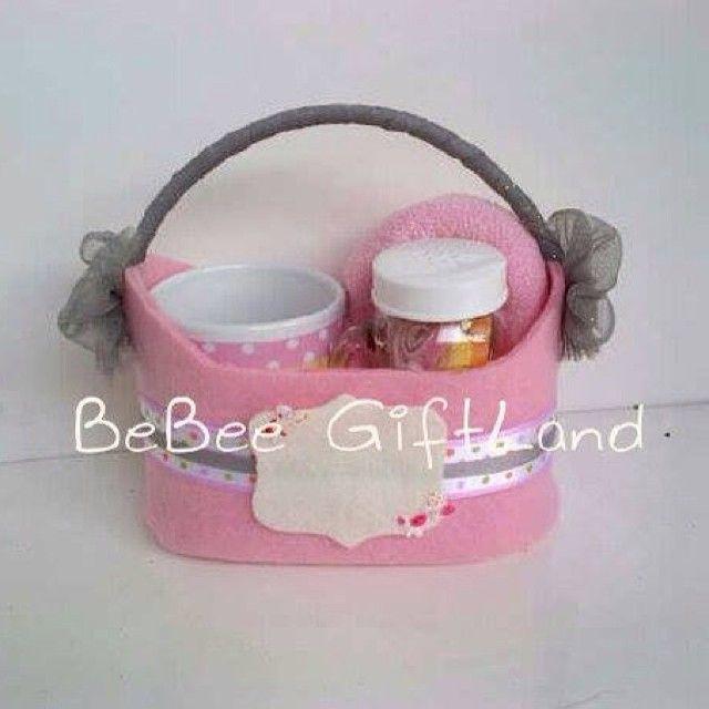 #hamperlucu #hampers #hamperjakarta #hampermurah #babyfavors #babygift #babygirl #babyonemonth #partyfavors #souvenir #goodiebag #Padgram