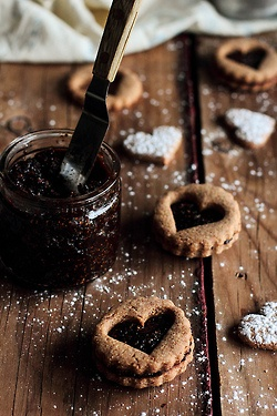 Toasted Almond Cookies with Dried Fig Filling by pastryaffair on Flickr.