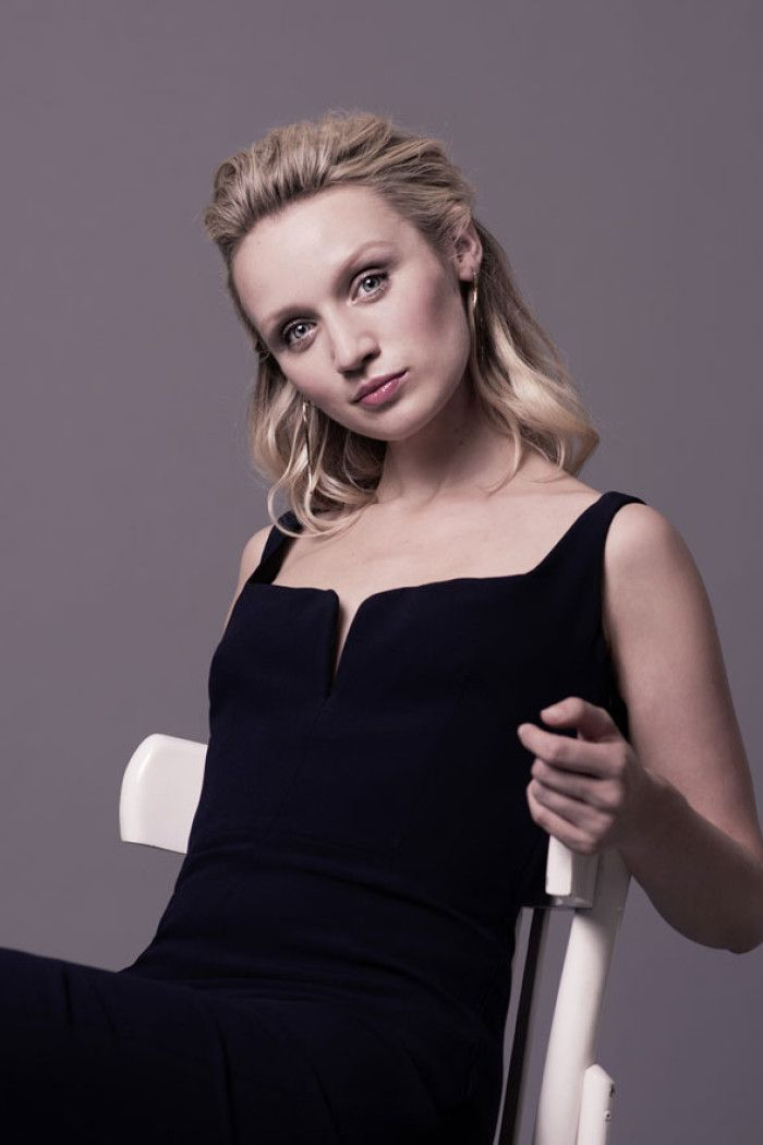 Humans' Emily Berrington Talks Robot School And The Second Series | Shopping | Grazia Daily