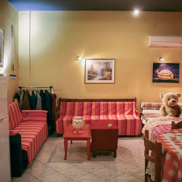 Cozy Studio Heraklion, BetterHome's portofolio apartment.  #diaxeirshakinhton #welcomemore #solutions #advice #airbnb #BetterHomeEU http://better-home.gr/portfolio-diamerismatwn/