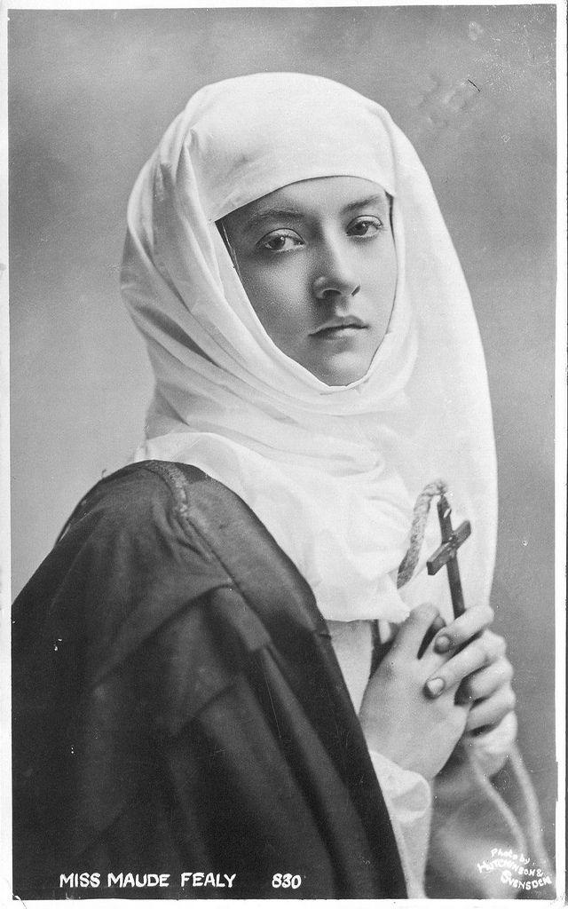 > Miss Maude Fealy - Nun