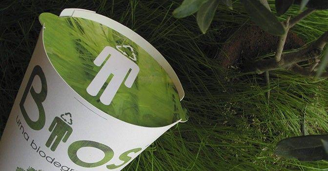 Cómo ser un árbol después de la muerte - Cultura Colectiva //  Bios es una urna funeraria hecha con materiales biodegradables que te convertirán en un árbol después de morir, sin importar las acciones que realizaste en vida.