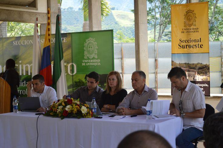 Coloquio en el marco del Diplomado Universidad Territorio y Subjetividades