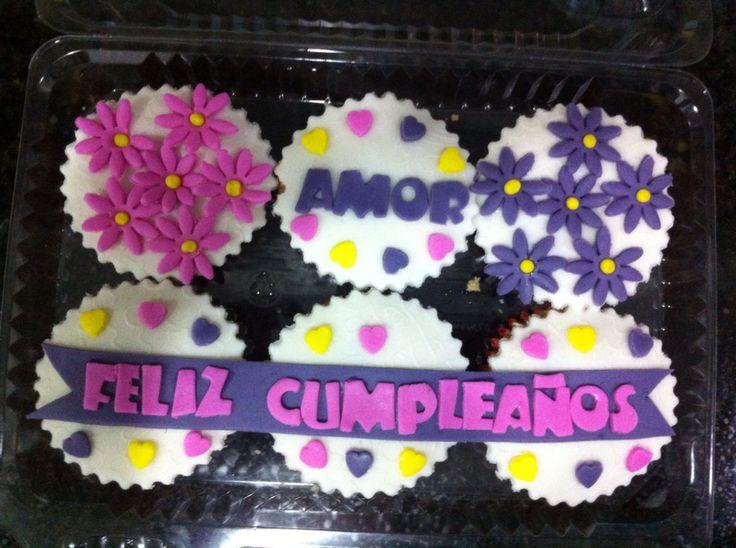 Feliz cumpleaños amor cupcakes