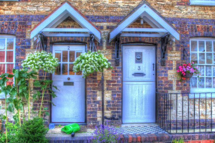 Cottage Front Door Pretty Doors Pinterest Cottages
